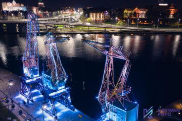 dron, zdjęcia z drona, dźwigozaury, Szczecin nocą, fotografia nocą, usługi dronem, Szczecin